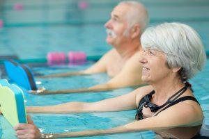 Wassergymnastik: Tipps für Anfänger