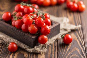 Sonnenschutz: Tomate schützt vor Sonnenbrand
