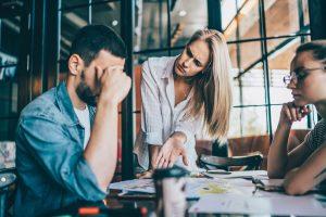 So reagieren Sie bei Fehlverhalten von Mitarbeitern