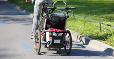 Fahrradanhänger: Radfahren mit Kindern