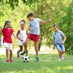 Geschicklichkeitstraining: So trainiert Ihr Kind spielerisch Geschicklichkeit und Koordination