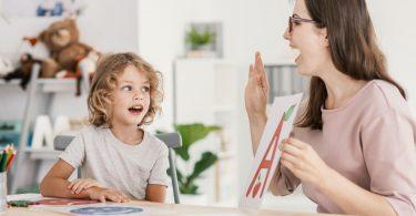 Erziehung: Wie Sie die Sprachentwicklung von Kindern fördern
