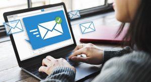 Bei internen Meetings sind Einladungen per E-Mail erlaubt
