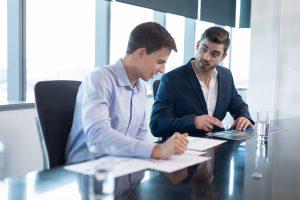Gesprächsführung: 6 Schritte zum optimalen Kritikgespräch