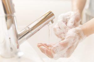 Regelmäßiges Händewaschen kann einer Erkältung vorbeugen