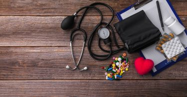 Bei Bluthochdruck schrumpft das Gehirn schneller