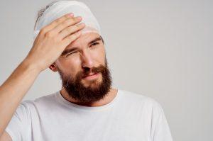Wann Kopfverletzungen Hilfe erfordern