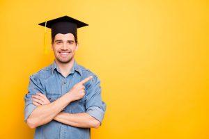 Wie schreibt man einen Master oder Bachelor richtig an?