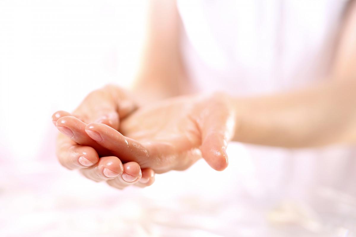 Entspannen Sie sich mit Hilfe Ihrer Hände