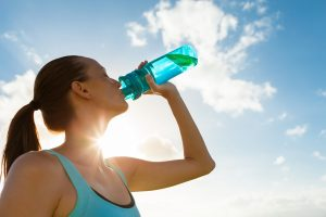 Sport: Rechtzeitig Trinken ist wichtig
