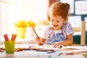 Lustige Ideen, die Kinder zum Malen anregen