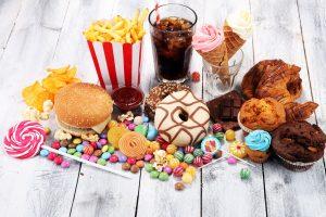 Herzinfarkt: Fettiges Essen schadet dem Herz