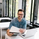 Arbeitszeugnis bei Arbeitsplatzwechsel durch Stellenabbau