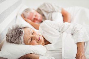 Herzinfarkt: Viel schlafen schützt die Gefäße