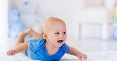 Spielideen für Ihr Baby: Es muss nicht immer teures Spielzeug sein