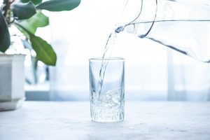 Abnehmen: Kaltes Wasser lässt Kalorien langsam schmelzen