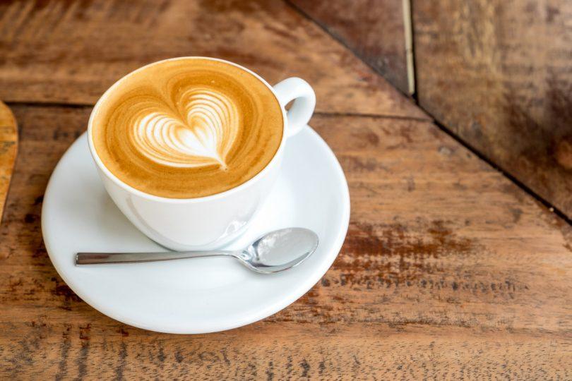 Bis zu 4 Tassen Kaffee sind erlaubt