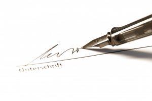 Eigenhändige oder eingescannte Unterschrift