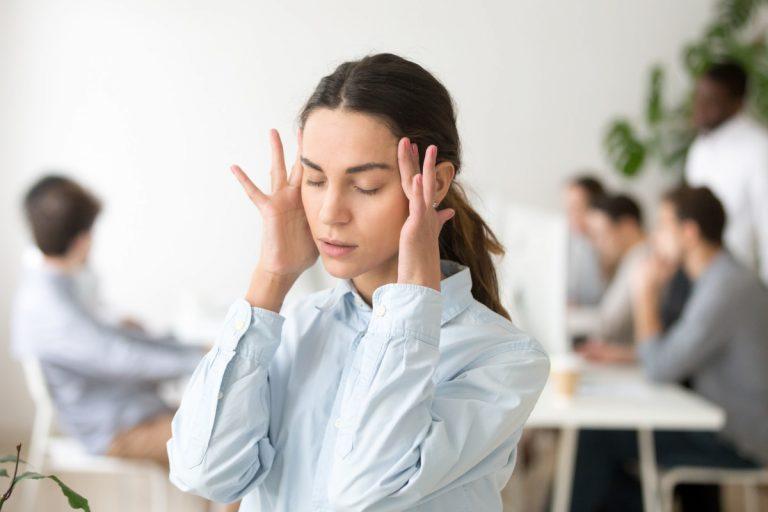 Lärm im Büro: Wenn die Kollegen im Großraumbüro zu laut sind (Teil 1)