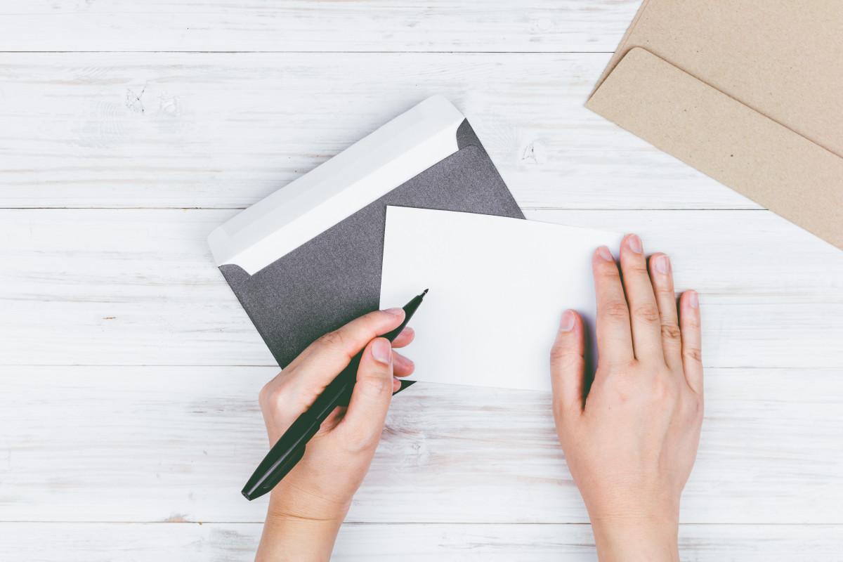 Briefgestaltung: So passt die Grußformel zur Anrede