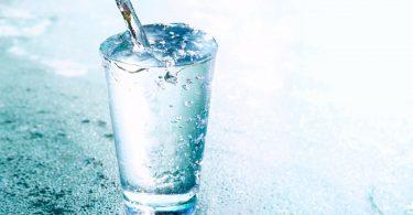 Ernährung: Kaltes Wasser hilft beim Abnehmen