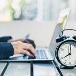 Berechnung von Kurzarbeitergeld: So rechnen Sie bei Feiertagen