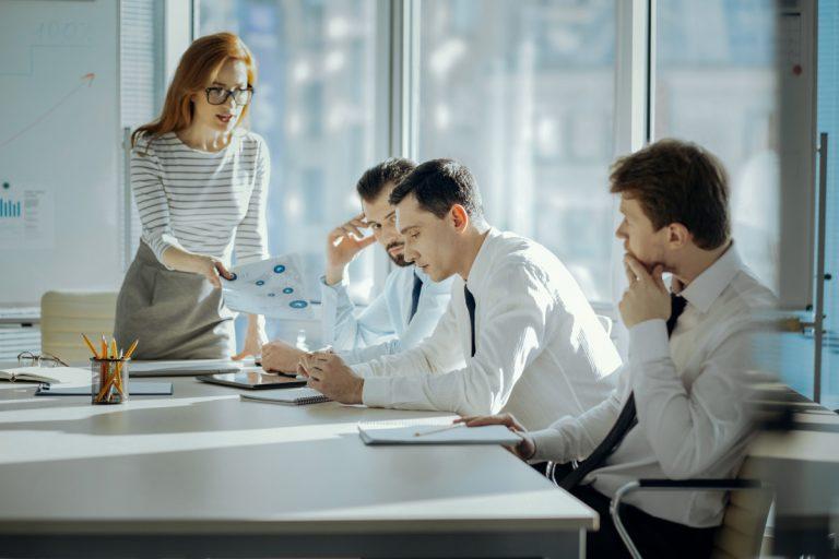 Spannungen und Konflikte im Team lösen
