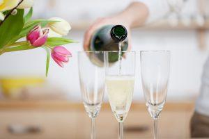 Sekt, Champagner, Cava & Co.: Warum trocken nicht trocken ist