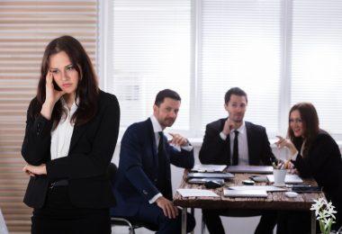 Mobbing am Arbeitsplatz: Gute Gesprächsführung hilft