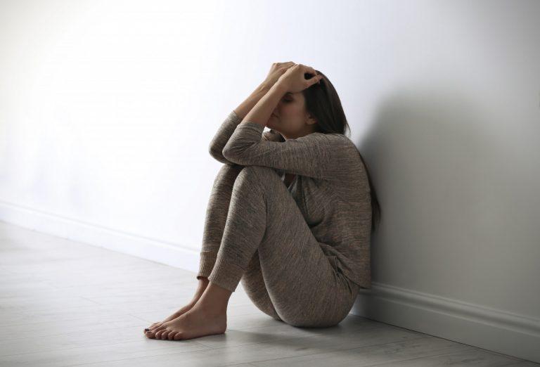 Depressionen: Ursachen und Behandlungsmöglichkeiten