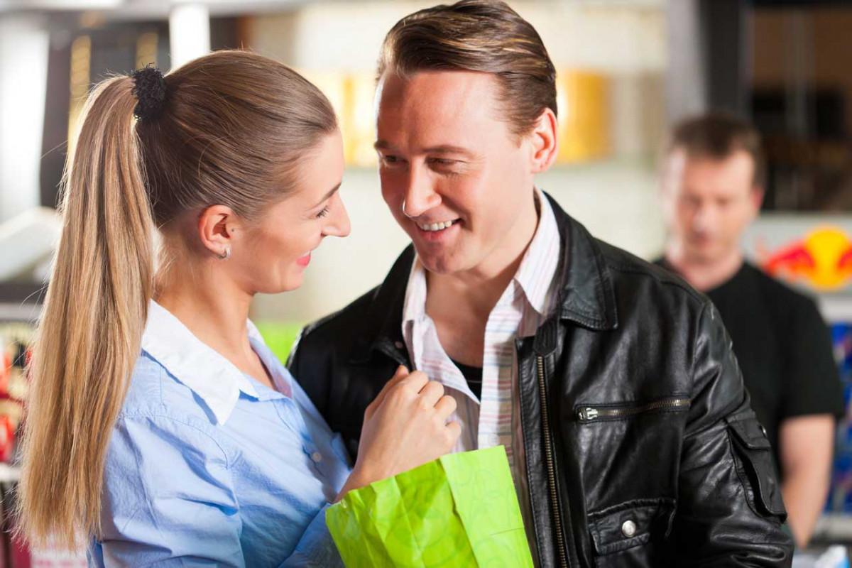 Kein Stress beim ersten Date: Wie die Verabredung für IHN zum Erfolg wird