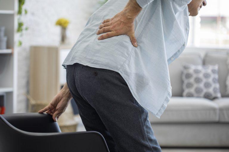 Rückenschmerzen: Rauchen schadet dem Rücken