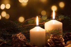 Basteln zu Weihnachten: Kerzen verzieren