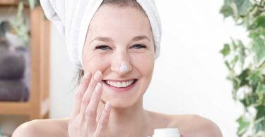 Naturkosmetik selber machen: Schnelle Rezepte für Haut, Haare, Nägel