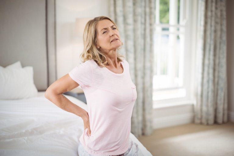 Die häufigsten Rücken-Irrtümer: Ein Bandscheibenvorfall muss operiert werden