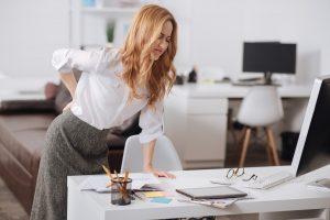 Fitness im Job: Wirbelsäule entlasten