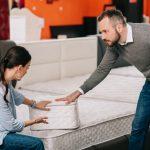 Die häufigsten Rücken-Irrtümer: Eine harte Matratze ist gut für den Rücken