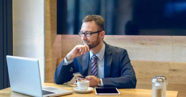 Ist Ihr Büro stationär, mobil oder to-go: Ihre Aktentasche ist Ihr Büro