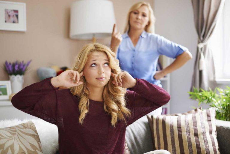 Lügen: Renitente Jugendliche und enttäuschte Eltern