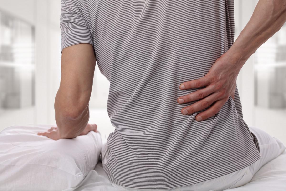 Die häufigsten Rücken-Irrtümer: Verschwinden Rückenschmerzen von alleine?
