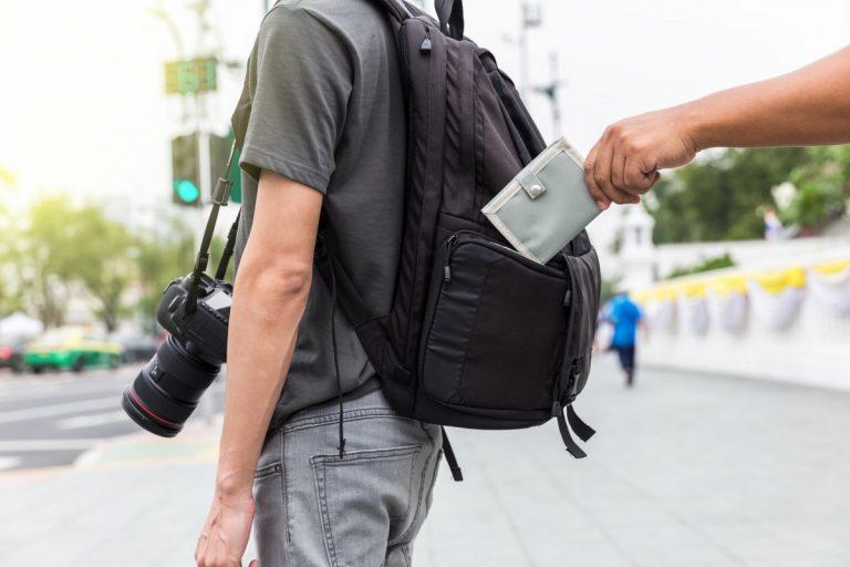 Was Sie gegen Diebstahl im Urlaub tun können