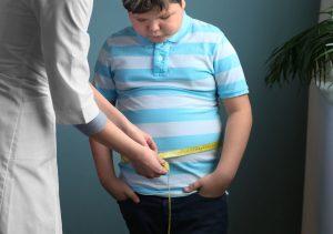 Herz: Übergewichtige Kinder müssen vorsichtig sein