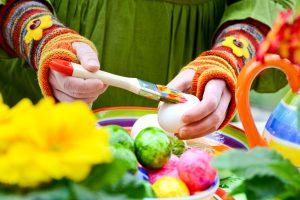 Tipps und Ideen für Ostern: Ostereier färben mit Lebensmittelfarben (Teil 10)