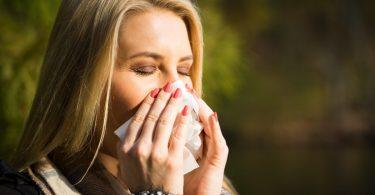 Heuschnupfen und Homöopathie: Kalium iodatum als homöopathisches Heuschnupfenmittel