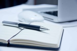 Kreativität im Sekretariat steigern: Brainstorming