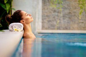 Kurzurlaub gegen Stress: Wellness muss nicht teuer sein