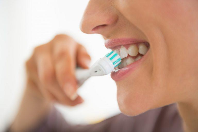 Checkliste: Zahnpflege - So reinigen Sie Ihre Zähne richtig