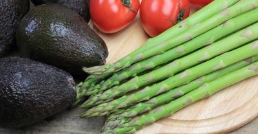 Spargel-Rezepte mal anders Teil 3: Spargelsalat mit Avocado