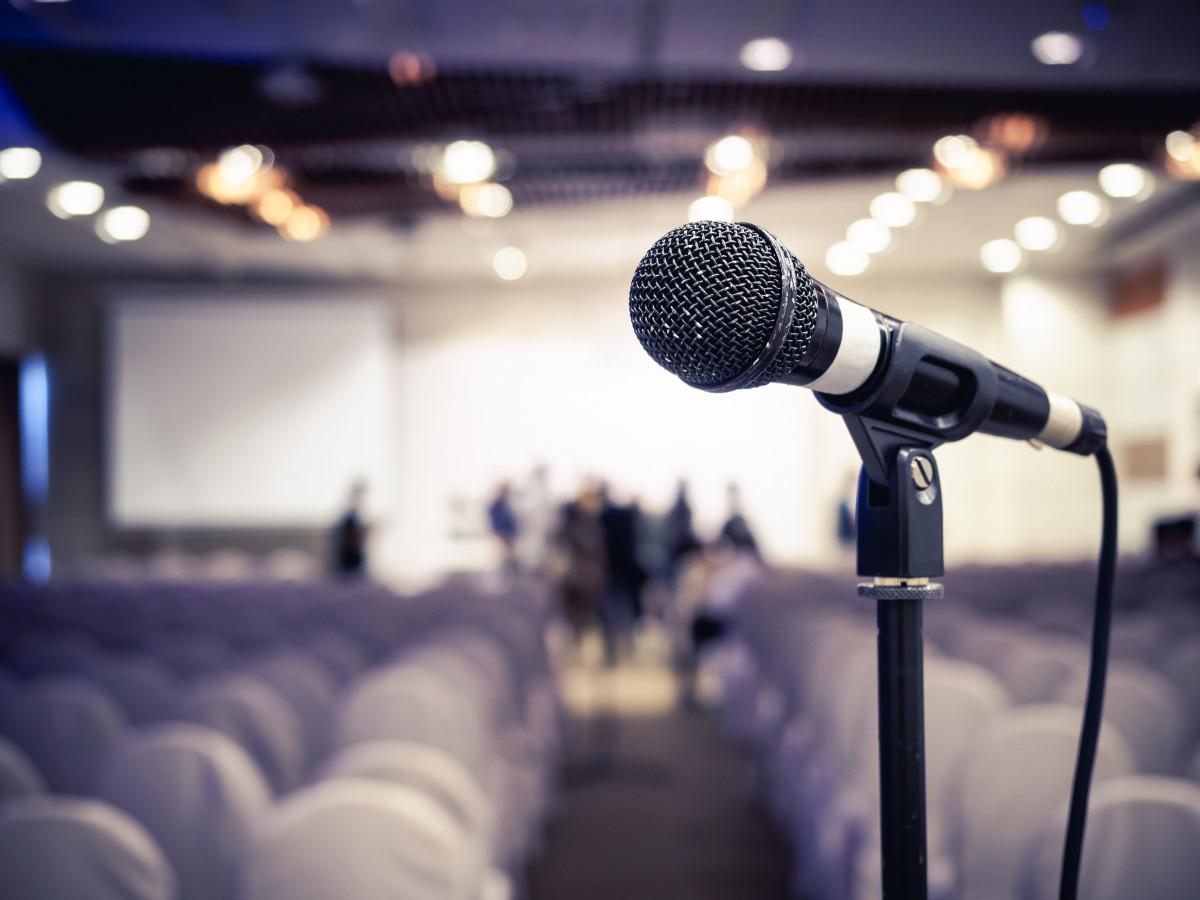 Reden halten: Kampf dem Lampenfieber