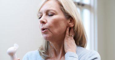 Menopause: Heilpflanzen gegen Wechseljahrsbeschwerden